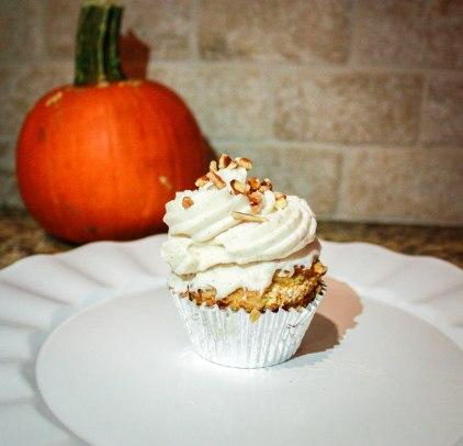 Pumpkin Pecan Cupcakes-4