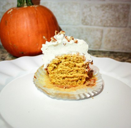 Pumpkin Pecan Cupcakes-5