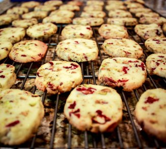 White Chocolate Pistachio Cranberry Shortbread-2088