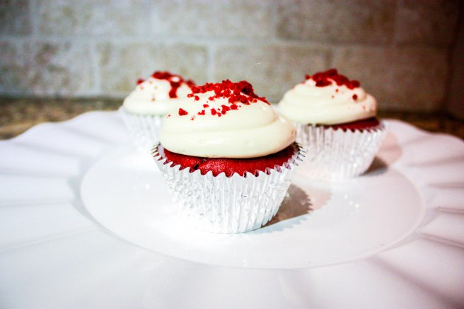Red Velvet Cupcakes-1940-2