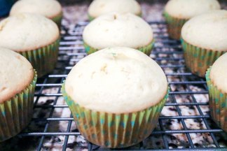 Key Lime Blueberry Cupcakes-3282